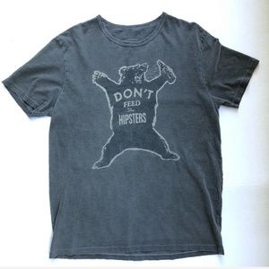 Lucky Brand Shirts - Lucky Brand 🔔 Dont Feed the Hipsters Tee M G334